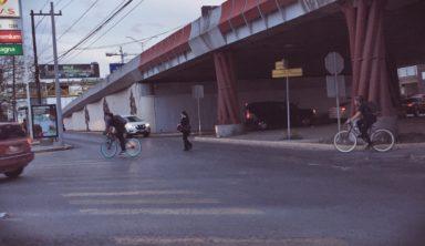 ¿A qué se enfrentan los ciclistas en la metrópoli? (Verificado)