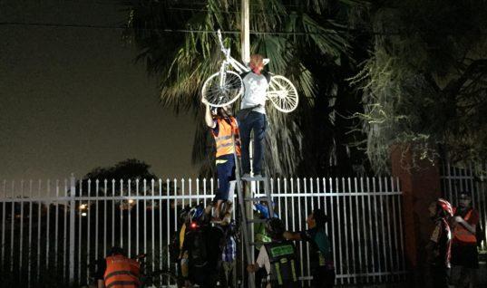 Bicicleta blanca / opinión de Moisés López Cantú