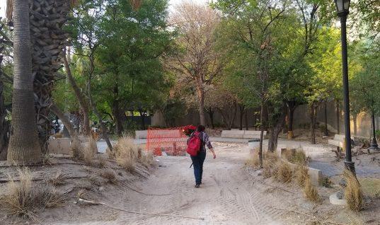 Daños de la obra de Servicios de Agua y Drenaje de Monterrey I.P.D. en el Parque Ciudadano
